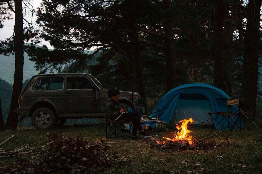 Lada niva outdoor camping