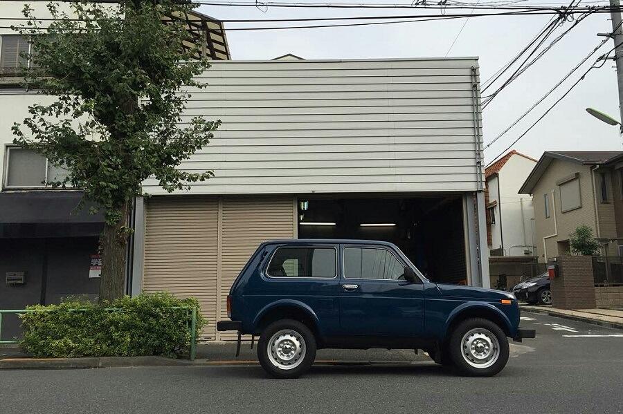 Lada niva 4x4 in Japan