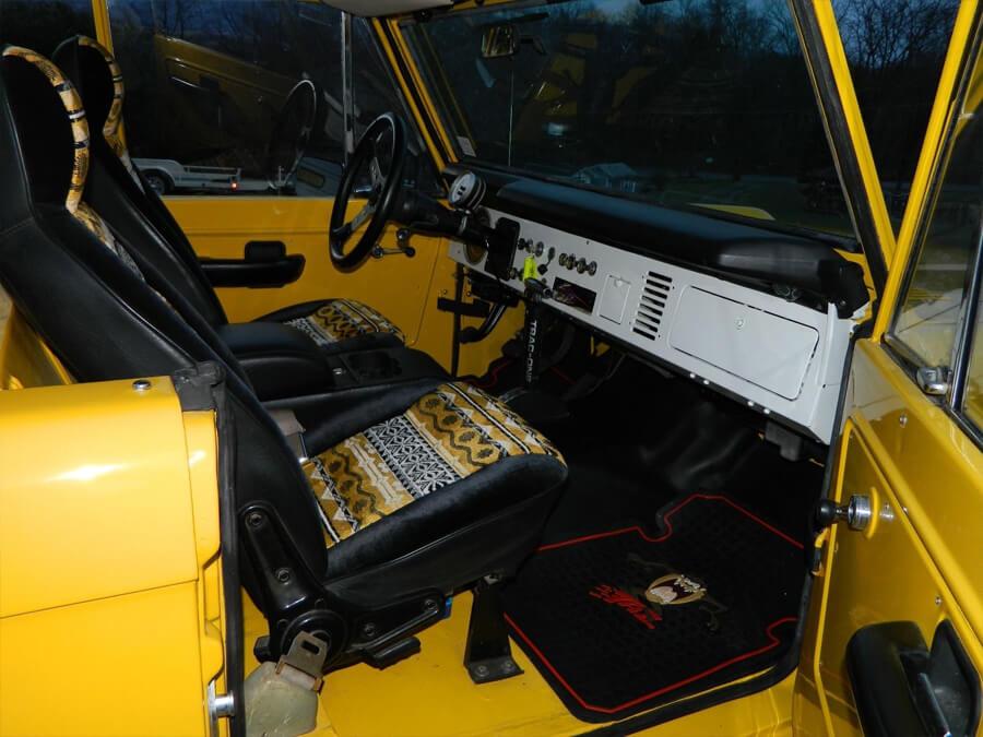 Retro car interior - FOrd Bronco 1968