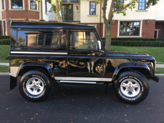 Land rover defender 90 in USA black with polished steel
