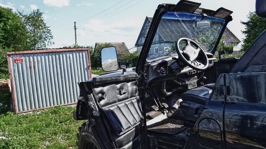 Uaz 469 interior convertible