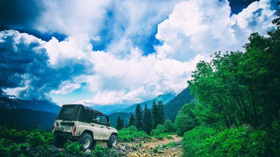 UAZ in the mountains - Overland expedition