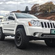 Jeep Grand Cherokee WK on 32 wheels