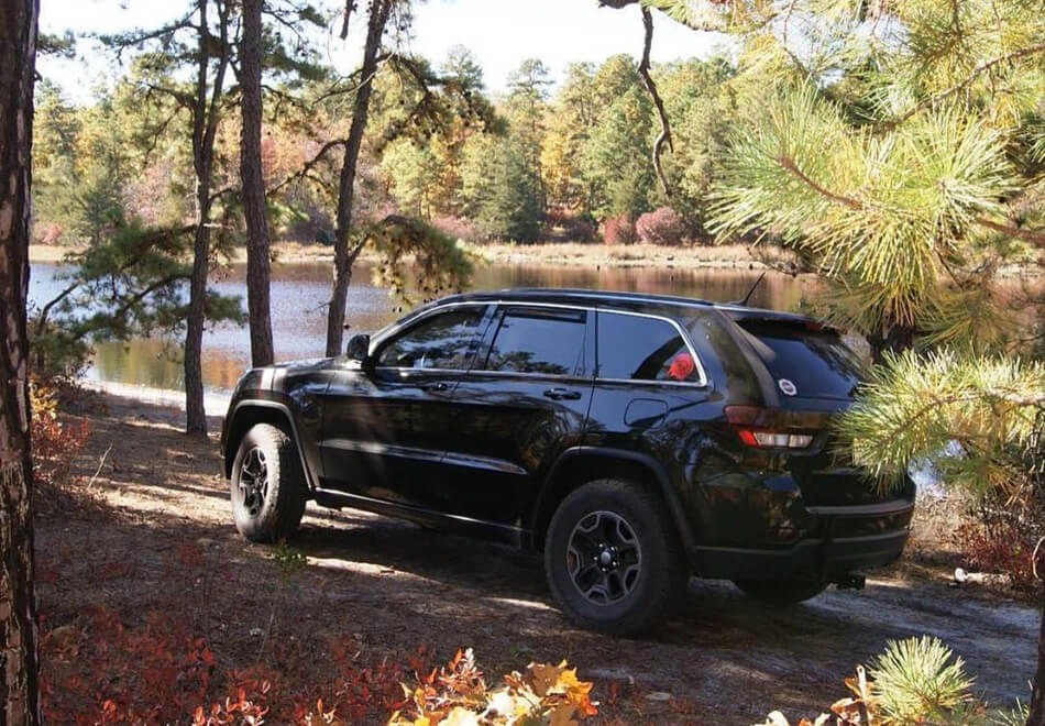 New jeep grand cherokee on 32s