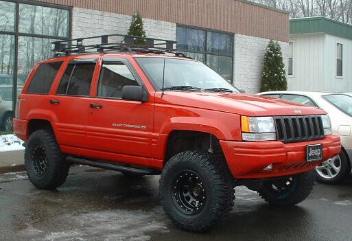 Jeep Grand Cherokee ZJ 32 inch tires