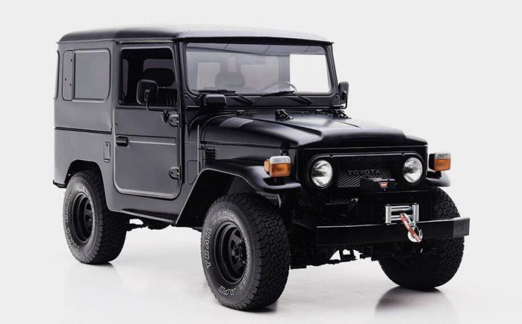 Toyota fj 40 restoration black