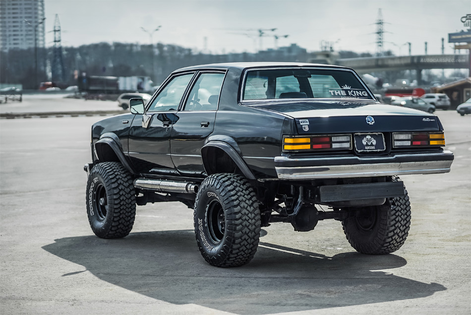 Lifted Chevy Malibu on Blazer K5 frame in Moscow, Russia