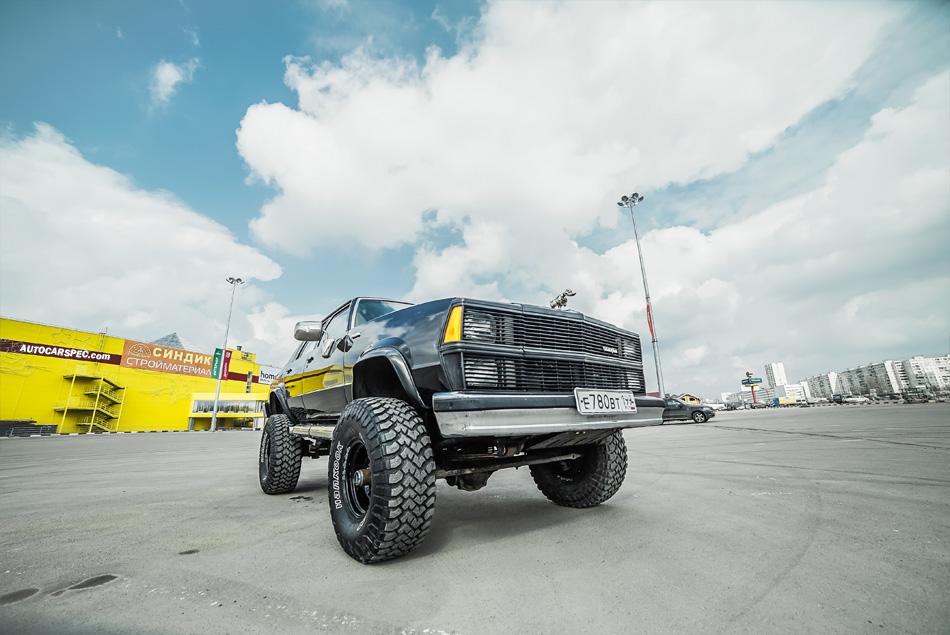 Chevy Malibu on Chevy K5 Blazer Chassis