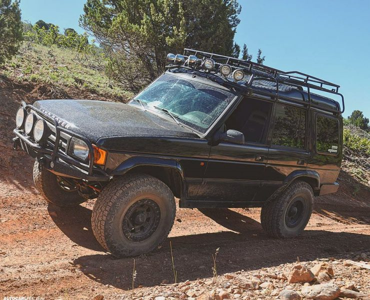 1994 Land Rover Discovery lifted 35 inch tires