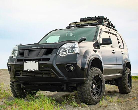Nissan Xtrail offroading