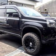 Nissan X-trail T31 with 6 Inch lift and 245/70/R17 Mud tires