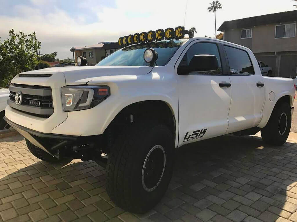 """Toyota Tundra prerunner on 37"""" BFG Projects tires"""