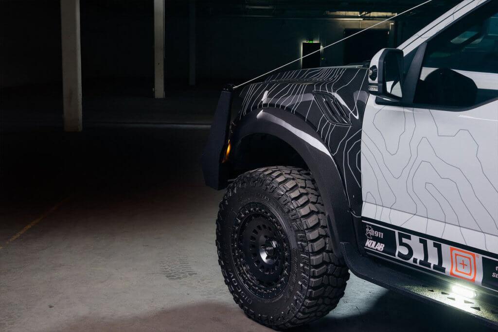 Carbon fiber fender flares for ford f150 raptor