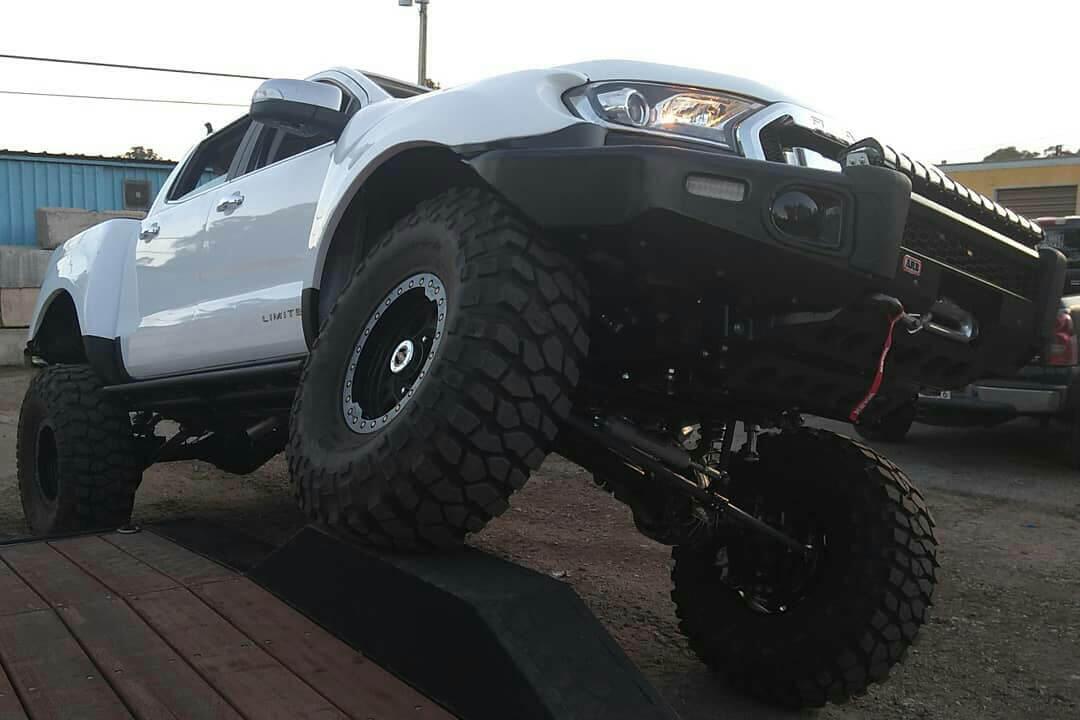 FOrd Ranger raptor Beadlock wheels and BFG tires