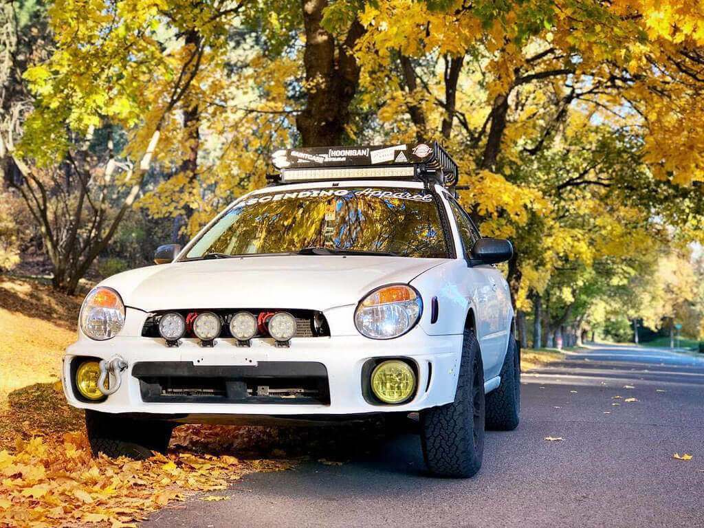 """3"""" Lifted Impreza hatchback with lifted suspension"""