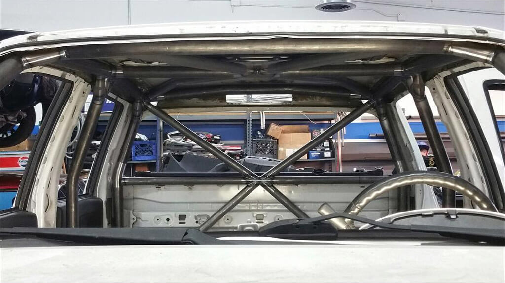 Chevy Colorado custom fabricated roll cage