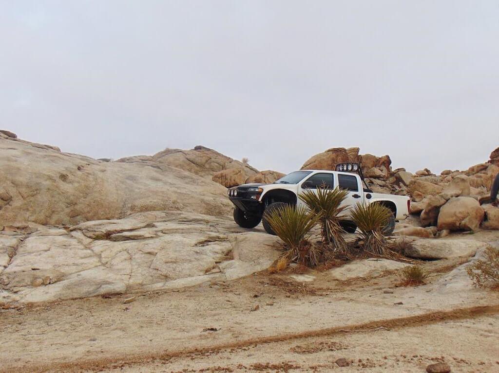 Desert racing Chevy Colorado 1st gen