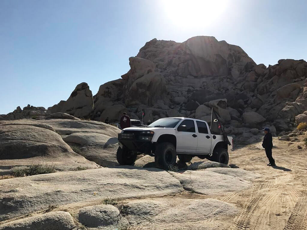 Lifted Chevy colorado prerunner desert truck