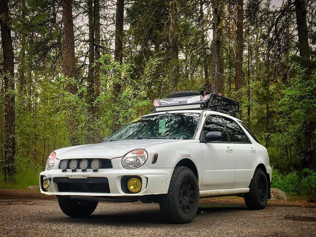 Lifted Impreza Hatchback on ofroad wheels 2