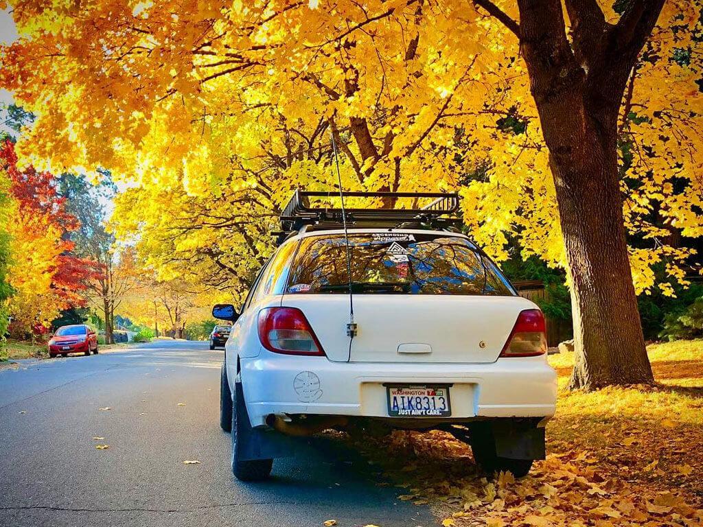 Subaru Impreza with Yakima cargo basket
