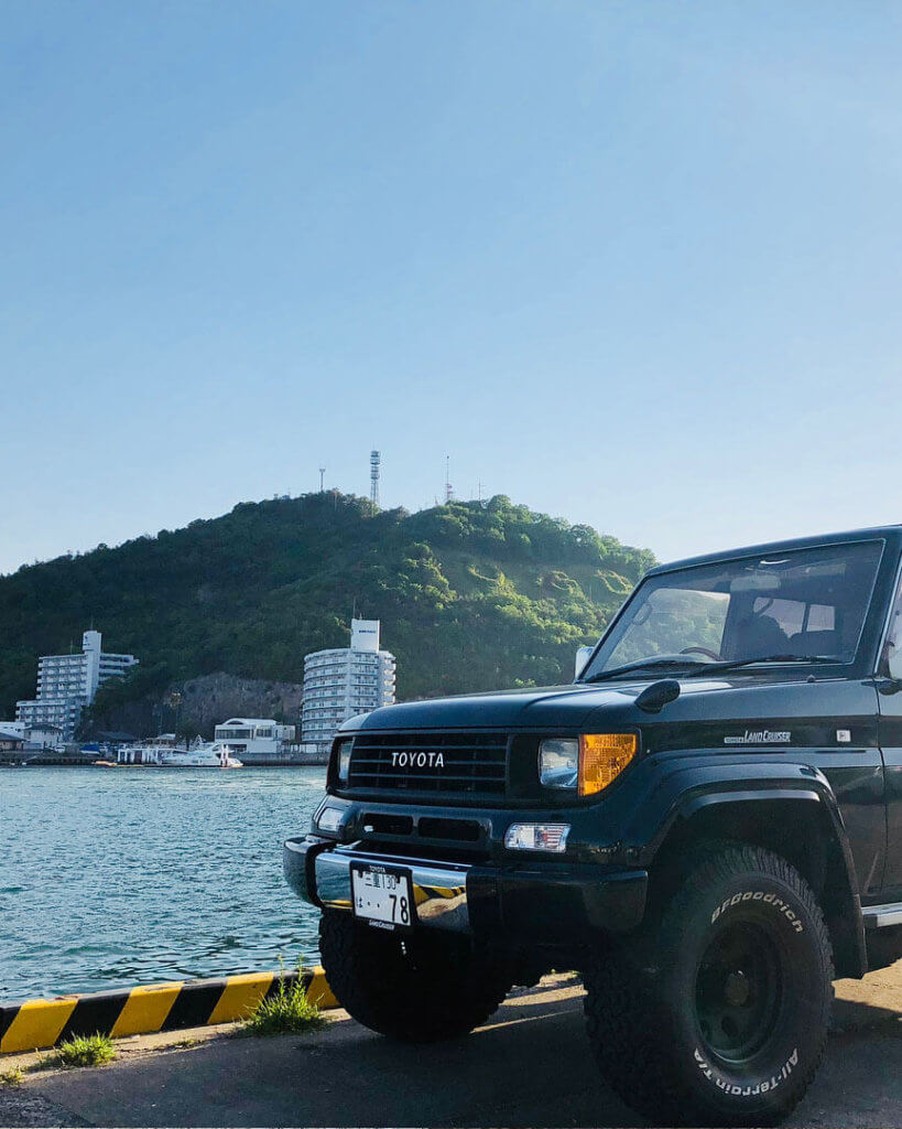 Toyota Land Cruiser Prado 78 with Amber Turn Signals Reflectors
