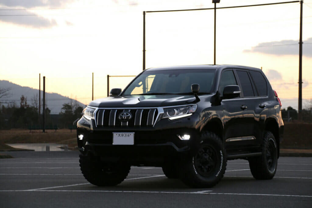 2018 Toyota Prado 150 with restyled front end