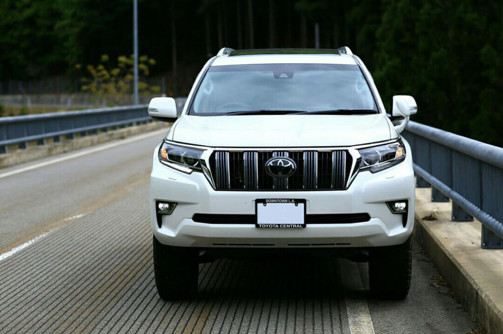 Toyota Prado new Grille with adaptive cruise control