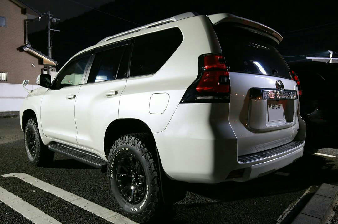 White Toyota Prado j150 in White