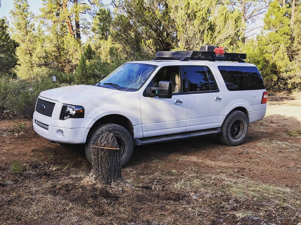3rd Gen Ford Expedition on 35 inch tires