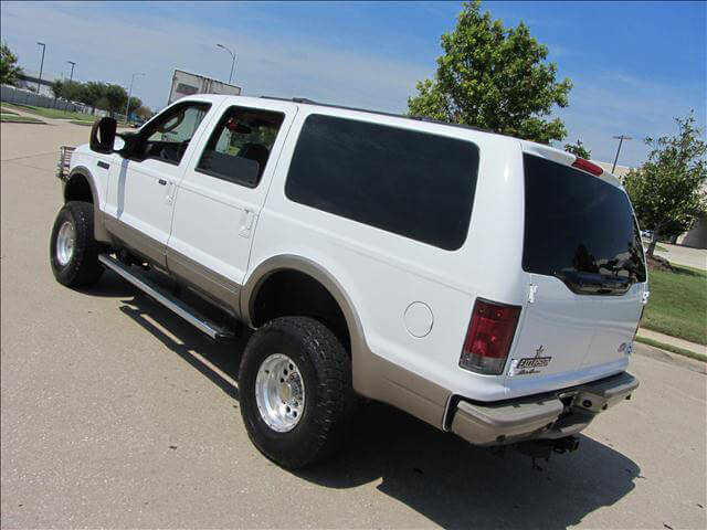2001 Ford Excursion SUV with 33s