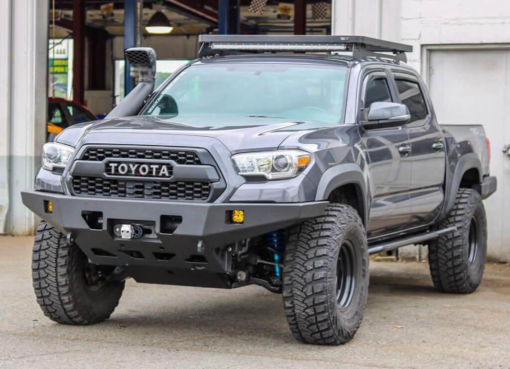 Toyota Tacoma 2016 off-road bumper
