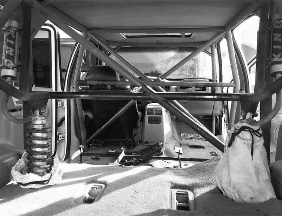 Prerunner interior cage