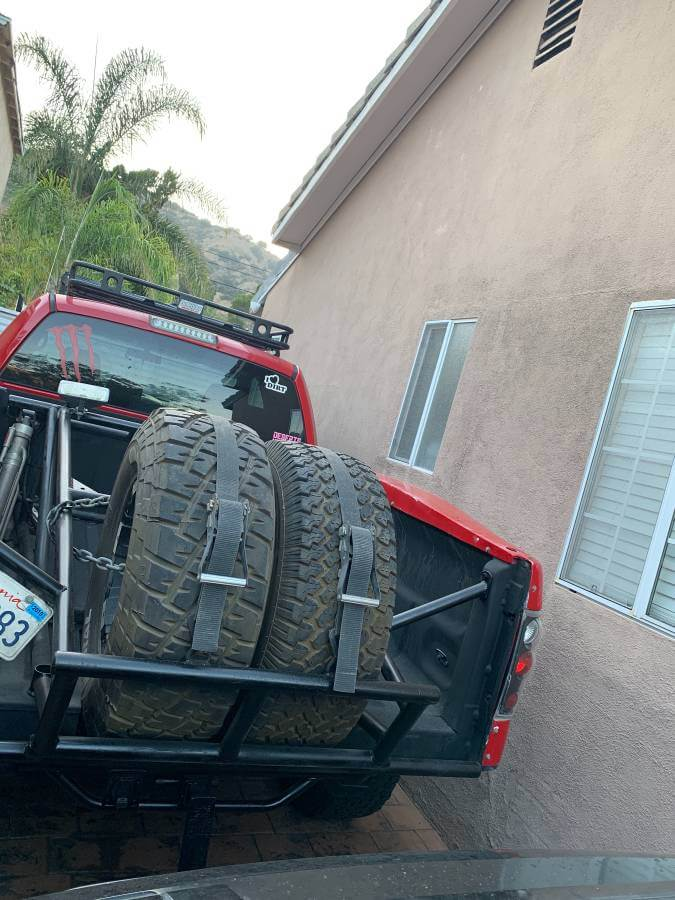 Dual spare tire carrier