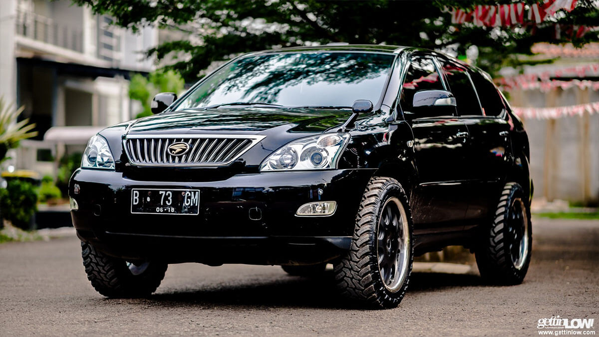 black lifted lexus rx 2nd gen