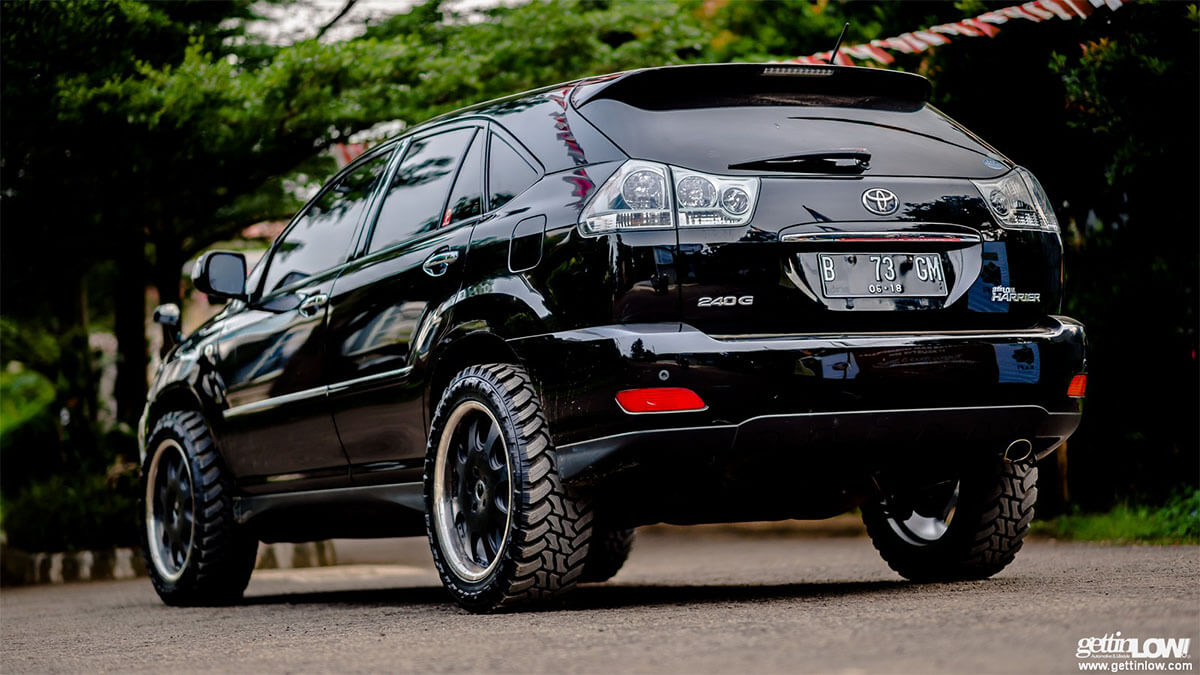 lifted lexus rx with 32 inch tires