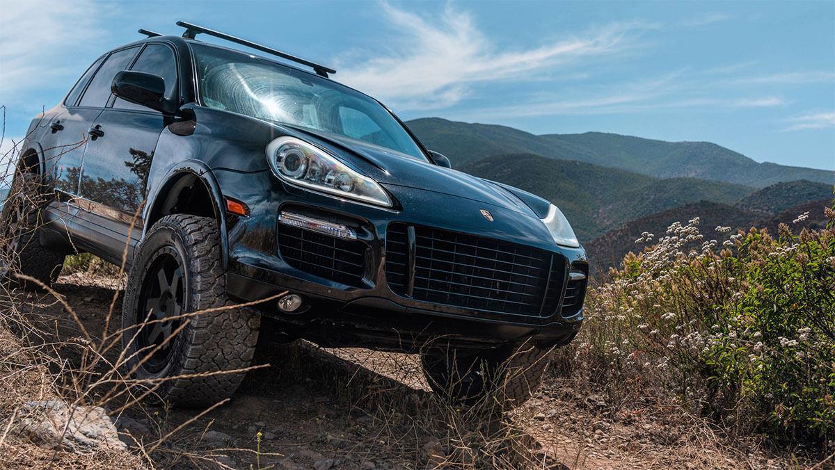 Porsche Cayenne with Off-road mods