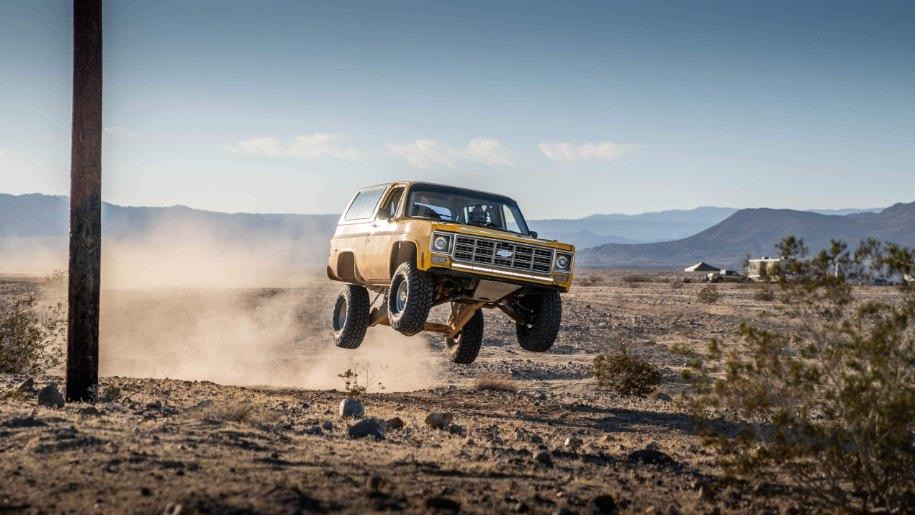 K5 prerunner jumping dunes in the air