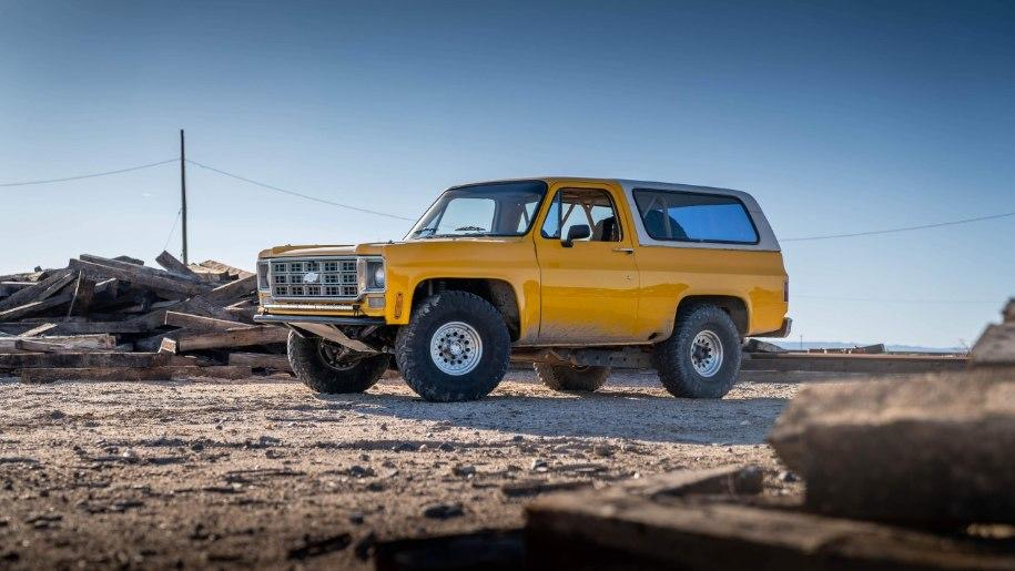 Lifted Chevy K5 Blazer with 35 inch tires