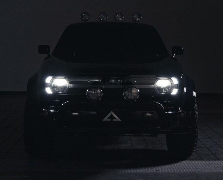 Alpha Motor Corporation WOLF Electric truck