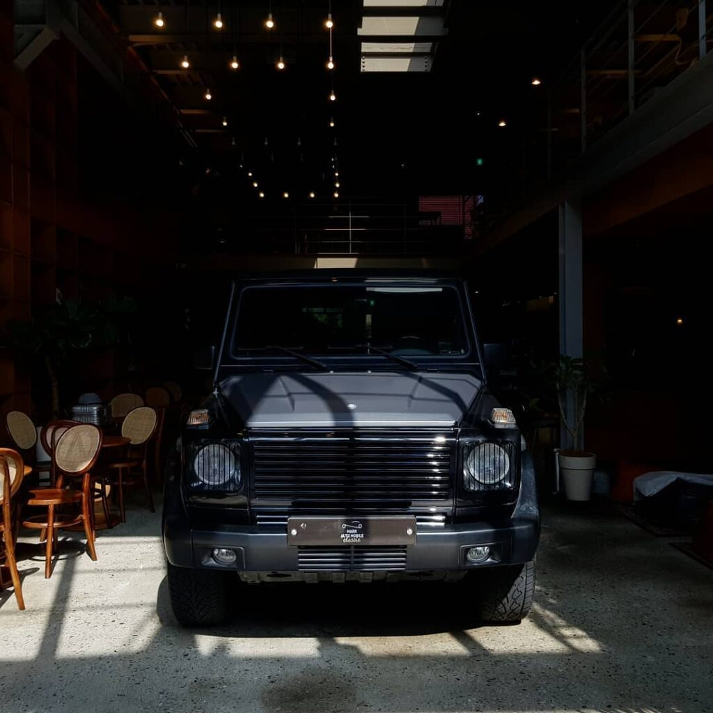 Black Mercedes Gwagon