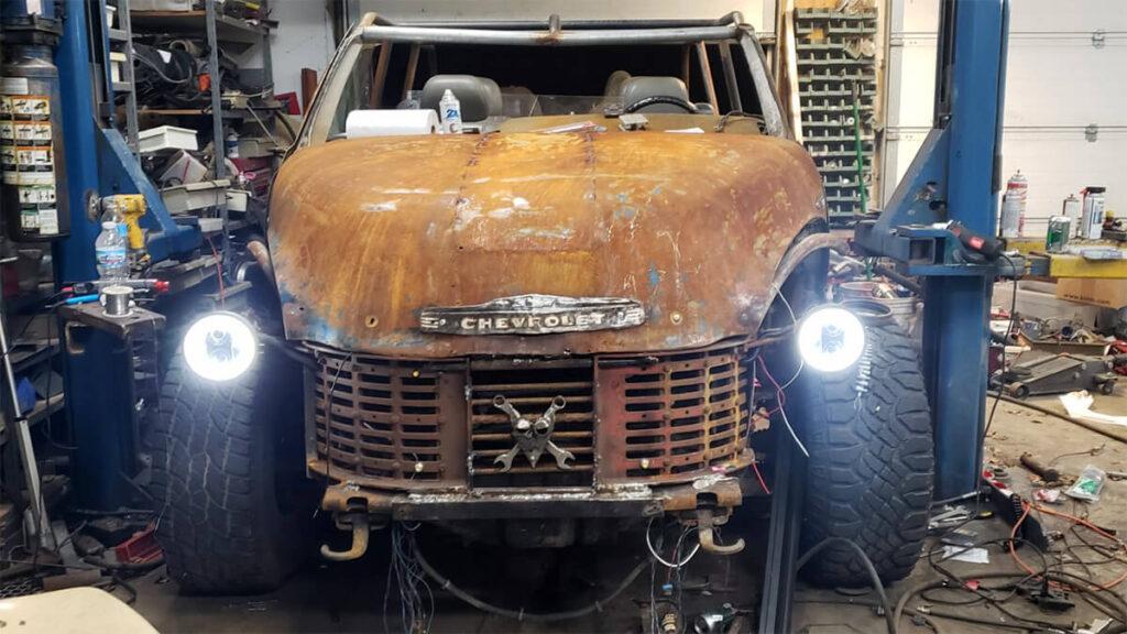 Dune buggy with LED headlights