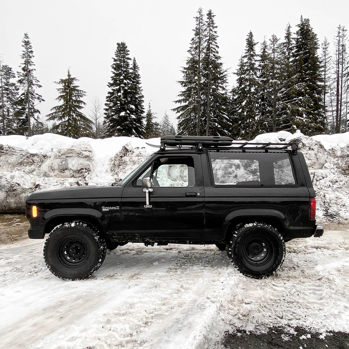 Ford Bronco II on 31 inch off-road wheels