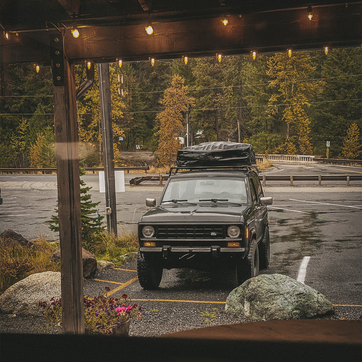 Ford Bronco II offroad and overland restoration