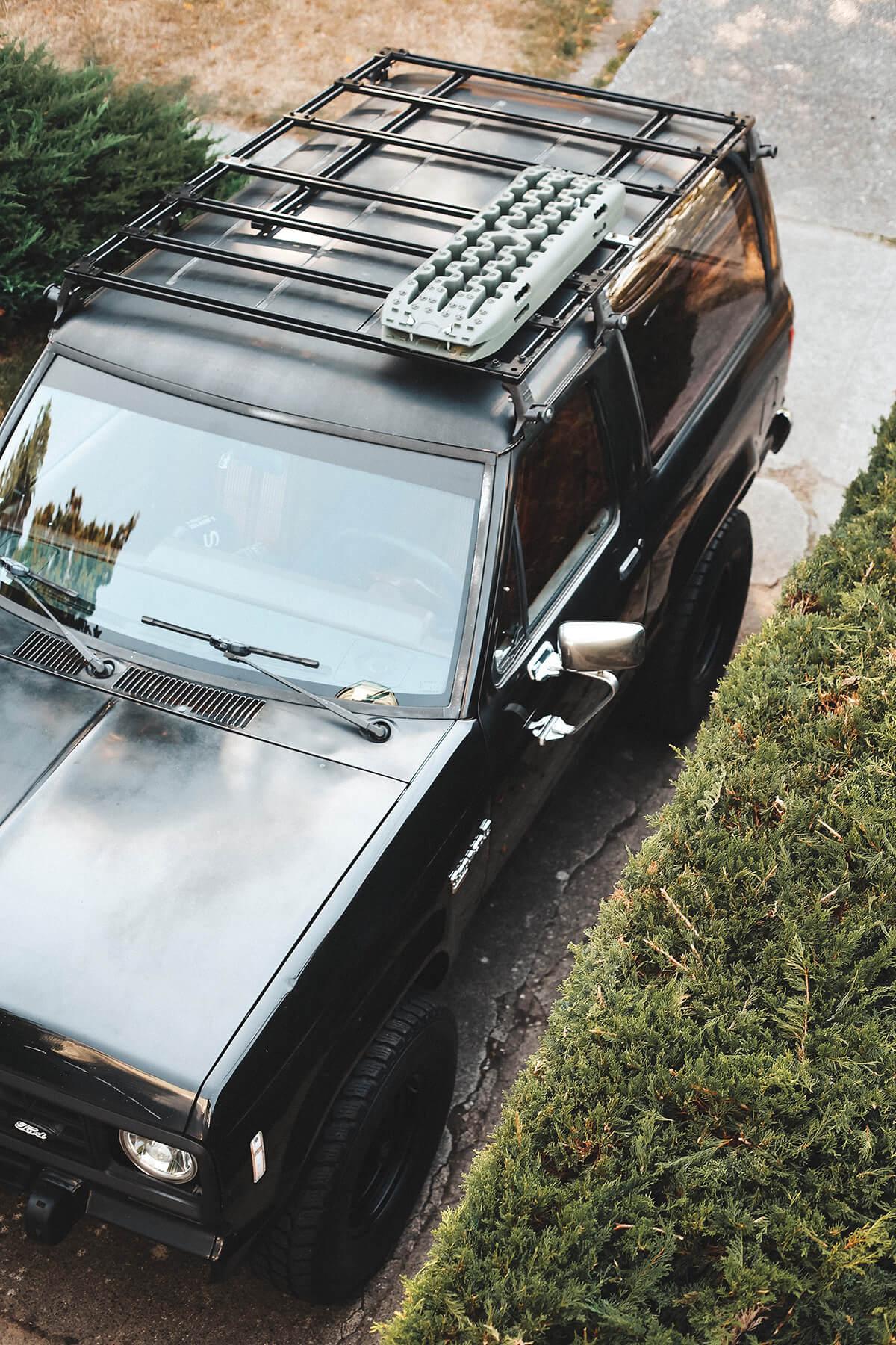 Ford Bronco II roof rack cargo basket