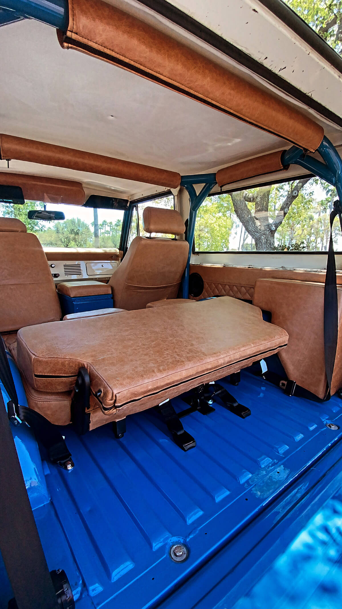 Rear jump seats ford bronco