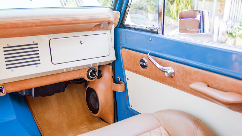 Classic ford bronco door kick panels