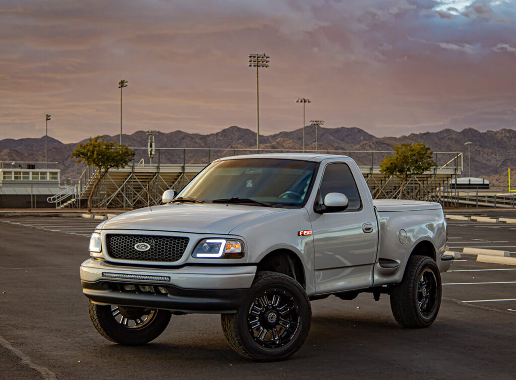 Lifted ford f150 lightning 2nd generation