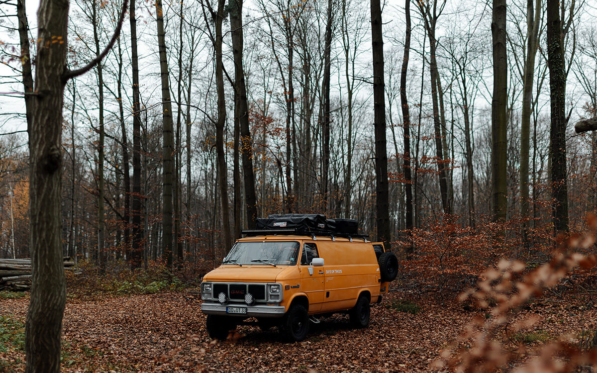 Lifted GMC Van Vandura 4x4 Pathfinder