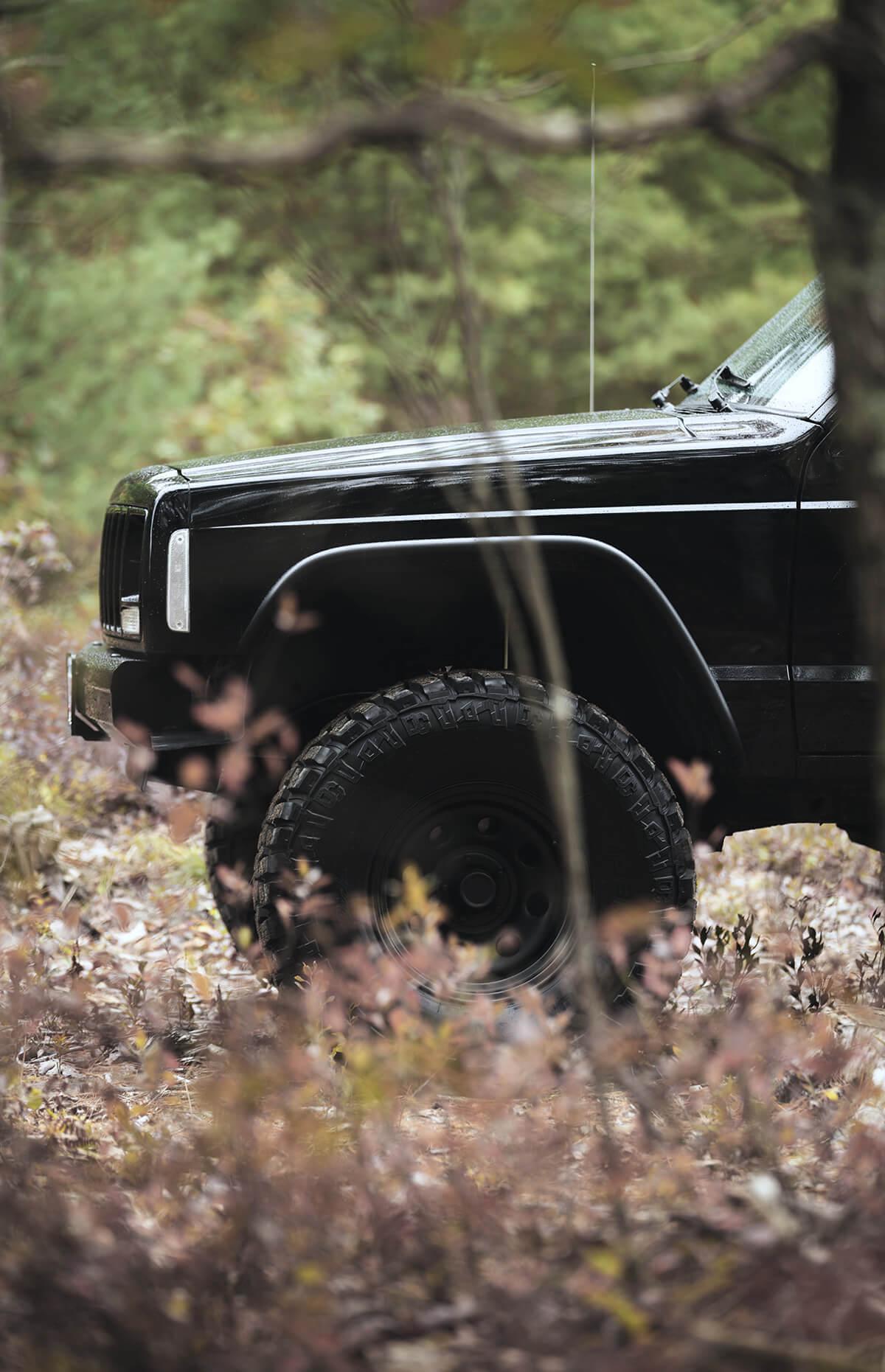 Lifted 2000 Jeep Cherokee XJ