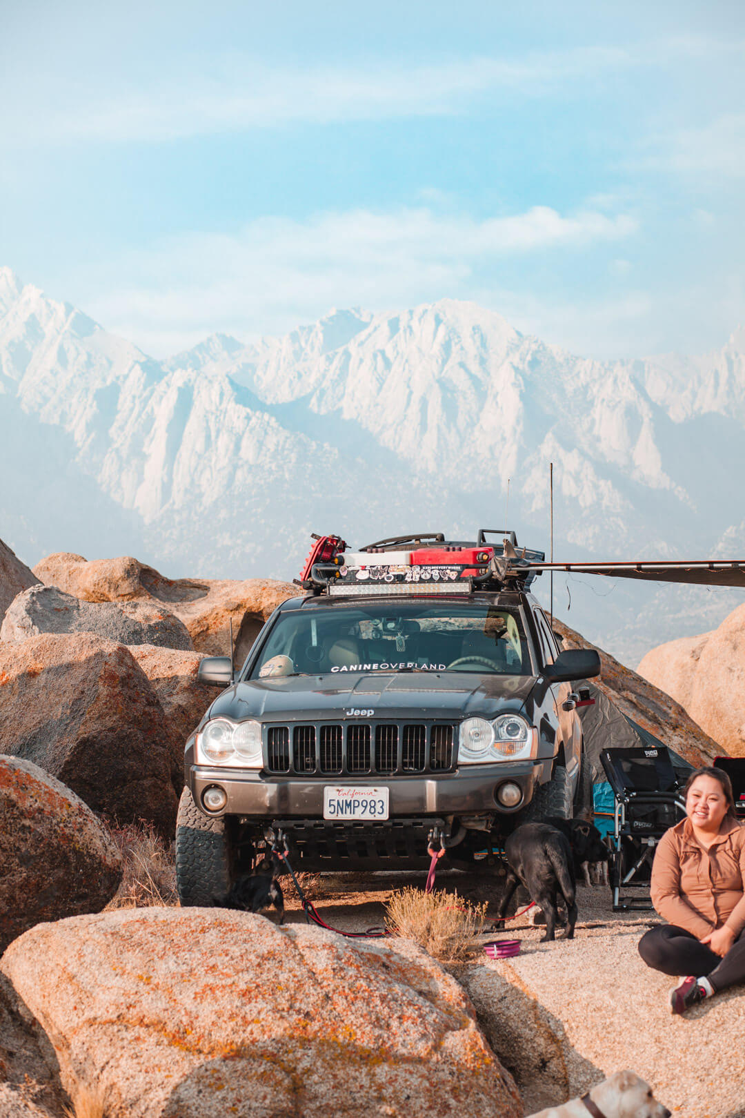 Lifted Jeep Grand Cherokee WK1 offroading